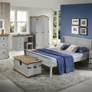 Georgia 4ft 6 sleigh bed in grey - shown in room